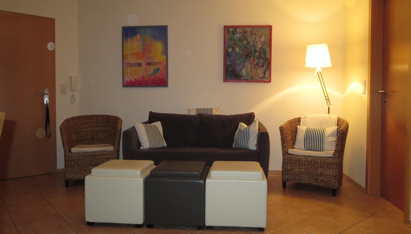 ferienwohnung 2 zimmer 40 qm ferienwohnung 17459. Black Bedroom Furniture Sets. Home Design Ideas